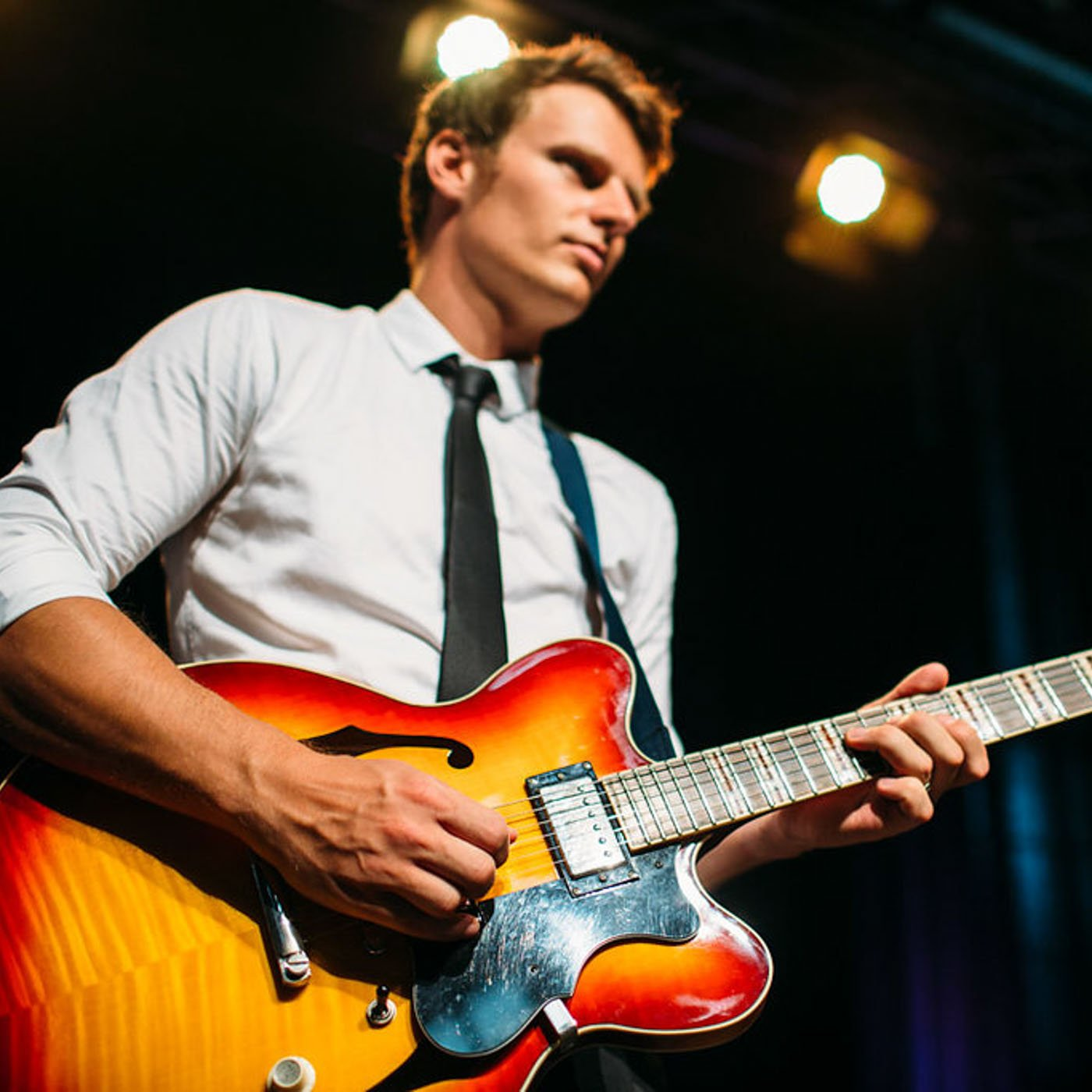 Andrew Scrivens, guitar player for Brisbane Wedding Band, The JImmy Sogalrey Band